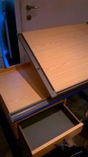 Mitwachsender Schreibtisch incl.