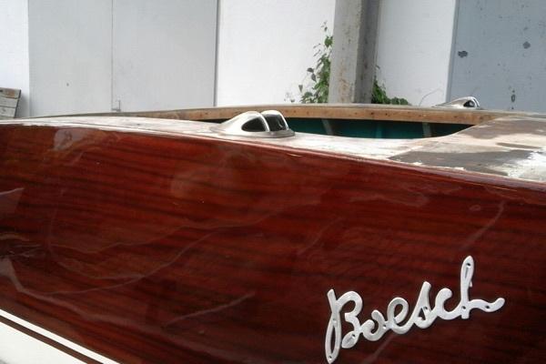 Mahagoni Holzboot sdatec.com