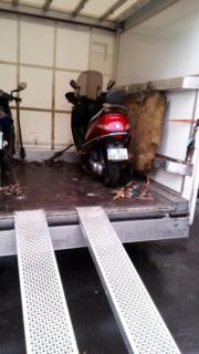 Motorroller/Reparatur vor