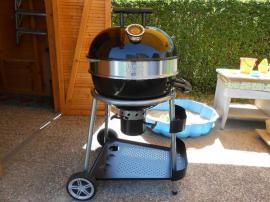 Sonstiges für den Garten, Balkon, Terrasse - Nagelneuer Jamie Oliver Classic BBQ