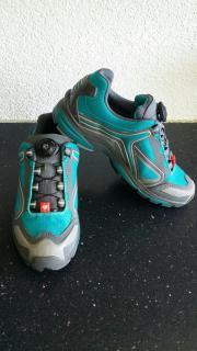 NEU! Schuhe für