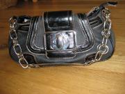 Neue Handtasche von David Jones