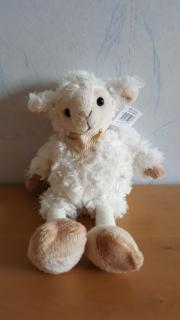 Neues Stofftier Schaf