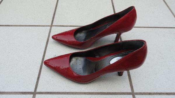 Neuwertige Damenschuhe ALFANI STEP n