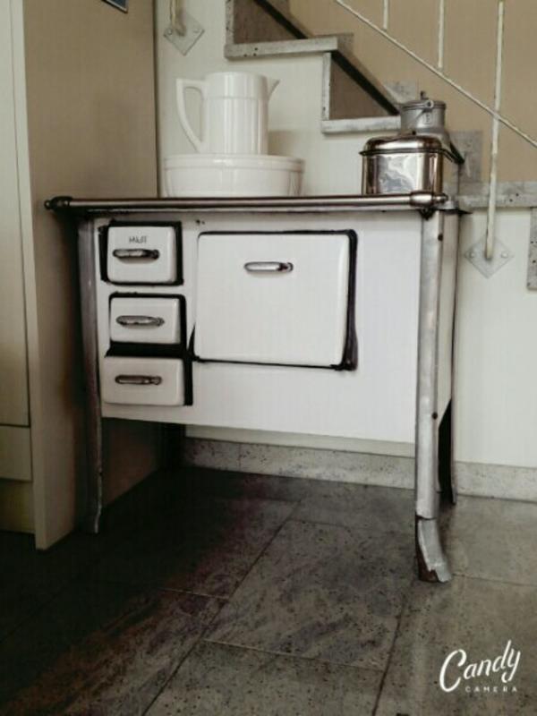 omas alter ofen antik ofen deko vintage in remchingen. Black Bedroom Furniture Sets. Home Design Ideas