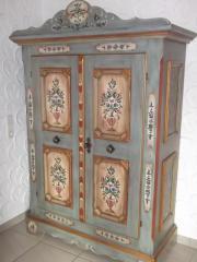 voglauer bauernschrank haushalt m bel gebraucht und. Black Bedroom Furniture Sets. Home Design Ideas