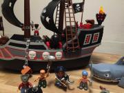 Riesiges Duplo Piratenschiff
