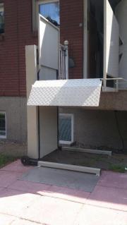 rollstuhl hubb hne lifter liftboy mobil in berlin. Black Bedroom Furniture Sets. Home Design Ideas
