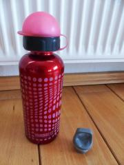 Rote Sigg Flasche