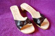 Sandalen von Ara,
