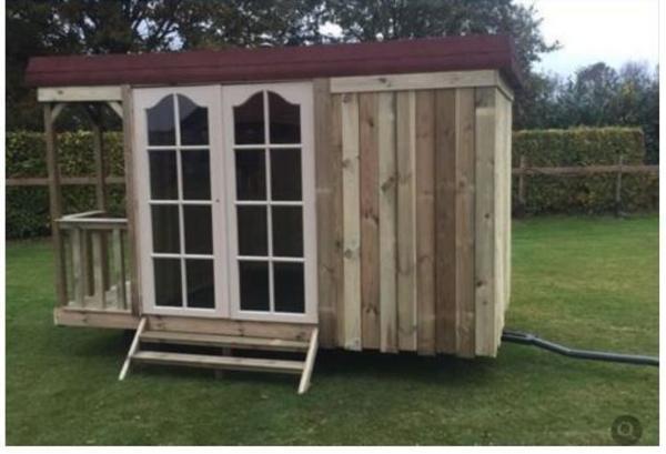 sch ferwagen holzwagen gartenh tte mit veranda bauwagen. Black Bedroom Furniture Sets. Home Design Ideas