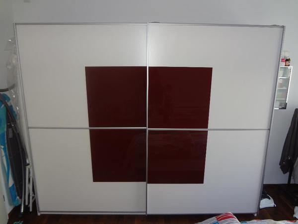 alter kleiderschrank neu und gebraucht kaufen bei. Black Bedroom Furniture Sets. Home Design Ideas