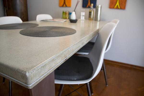 sch ner design betontisch beton edelstahl esstisch. Black Bedroom Furniture Sets. Home Design Ideas