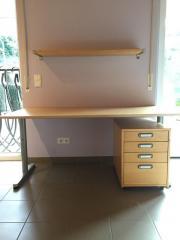 Ikea schreibtisch schwarz weiß  Ikea Schreibtisch Galant - Haushalt & Möbel - gebraucht und neu ...
