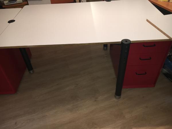 schreibtisch 160 neu und gebraucht kaufen bei. Black Bedroom Furniture Sets. Home Design Ideas