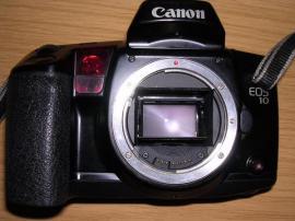 Spiegelreflex Canon EOS 10 technisch: Kleinanzeigen aus Waldbronn - Rubrik Foto und Zubehör