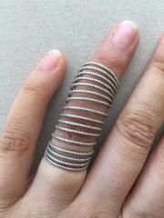 Spiralförmiger Ring
