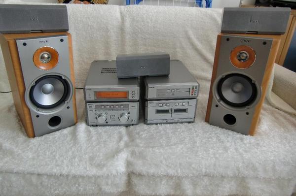 stereoanlagen t uuml rme ankauf verkauf und tausch anzeigen. Black Bedroom Furniture Sets. Home Design Ideas