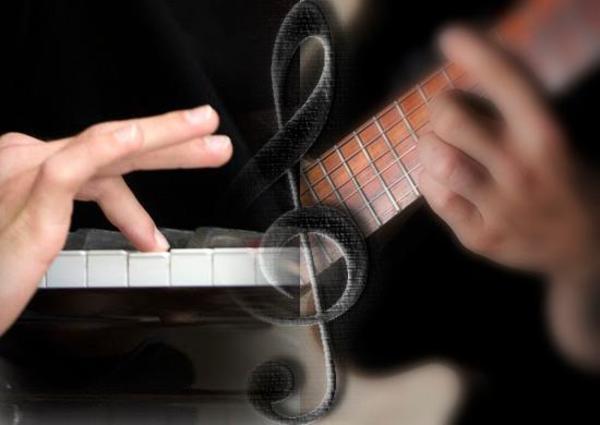 Suche Hobby-Pianist( » Bands, Musiker gesucht