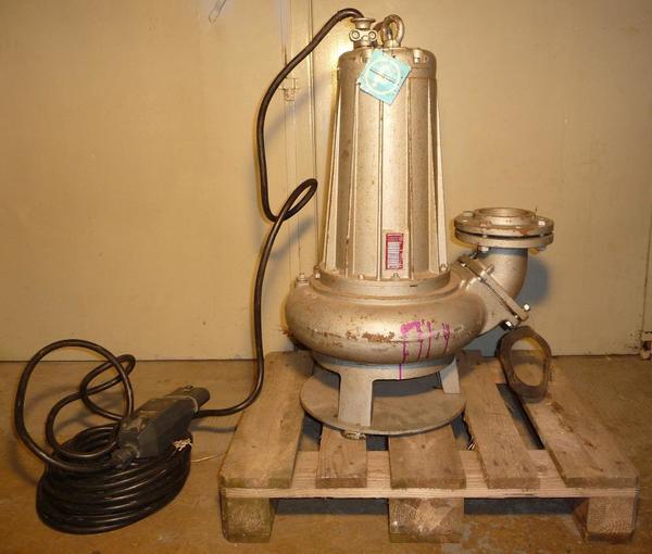 tauchpumpe jung pumpen typ ut7 3 5 5 kw pumpe unterwasserpumpe in sinsheim ger te. Black Bedroom Furniture Sets. Home Design Ideas