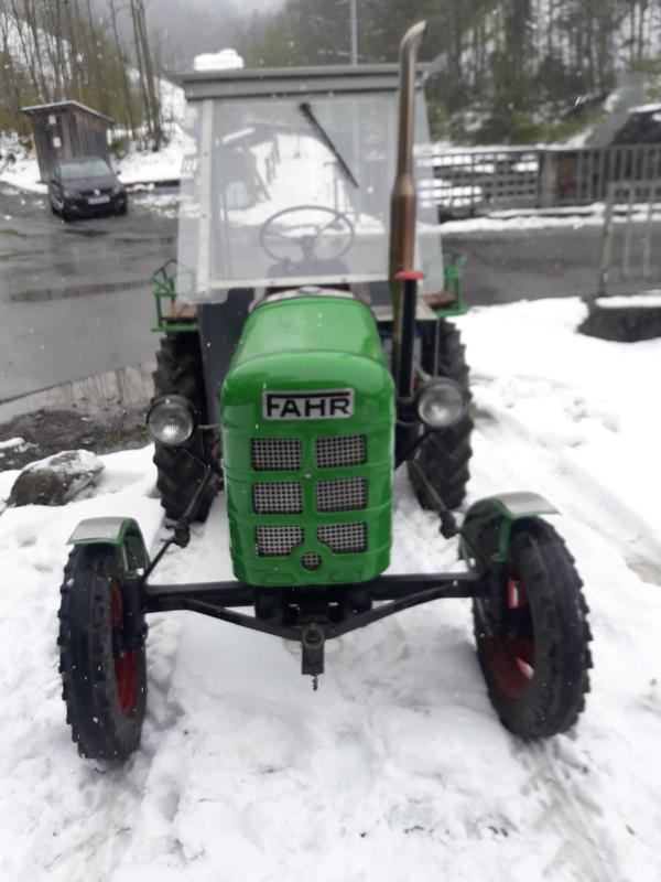 traktor fahr d17 in reuthe traktoren. Black Bedroom Furniture Sets. Home Design Ideas