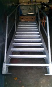 aussentreppe treppe gebraucht kaufen nur 4 st bis 70. Black Bedroom Furniture Sets. Home Design Ideas