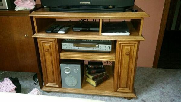 tv schrank rustikal bestseller shop f r m bel und einrichtungen. Black Bedroom Furniture Sets. Home Design Ideas
