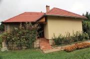 Ungarn: Haus, Bungalow
