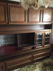 verschenke alten Wohnzimmerschrank