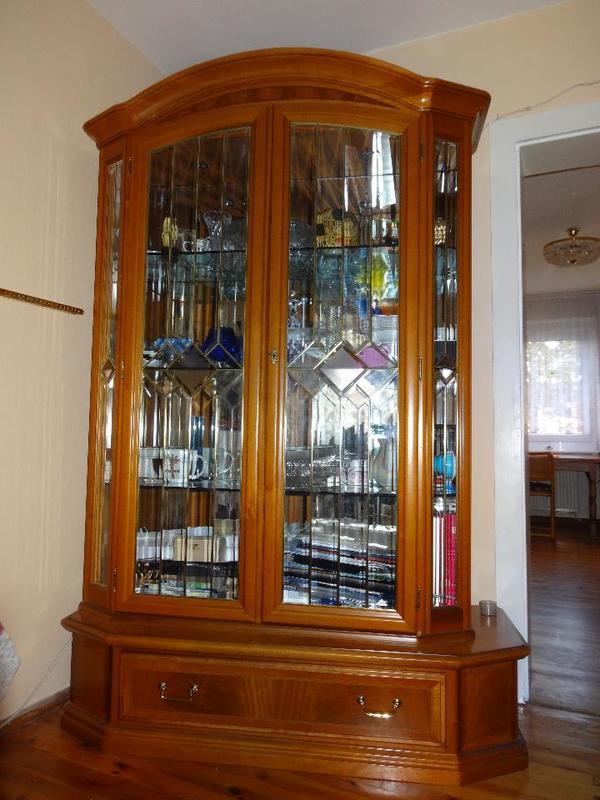 vitrinenschrank antik in karlsruhe wohnzimmerschr nke anbauw nde kaufen und verkaufen ber. Black Bedroom Furniture Sets. Home Design Ideas