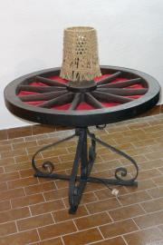 Wagenradtisch antik