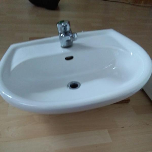 waschbecken kaufen waschbecken gebraucht. Black Bedroom Furniture Sets. Home Design Ideas