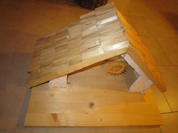 Weihnachtskrippe für Goebel-Figuren aus Holz
