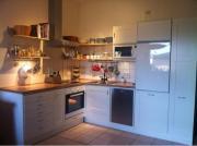 Weiße IKEA Küche -