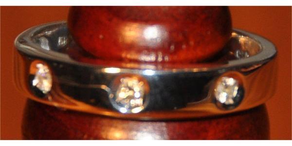 Wunderschöner Brilliantring neuwertig Ring Gold