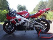 Yamaha R1 mit